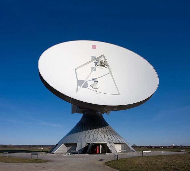 Satélites - Antena parabólica de Raisting - Alemanha
